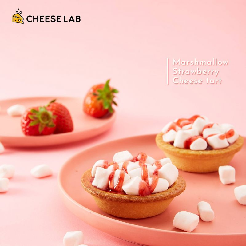 MARSHMALLOW STRAWBERRY CHEESE TART
